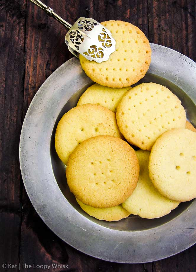 Quick Vanilla Shortbread Cookies - This easy recipe guarantees perfectly crumbly, buttery, melt-in-the-mouth shortbread cookies every single time. Requiring less than 45 minutes, it's ideal for satisfying sneaky cookie cravings, or as a mid-week bake when you want something sweet and delicious, but are short on time.