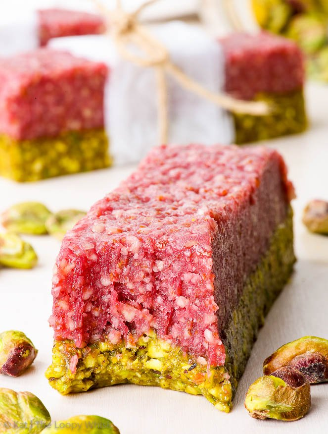 Pistachio Raspberry Homemade Energy Bars {gluten, dairy, egg, peanut, soy & refined sugar free, vegan, paleo} - These pistachio raspberry homemade energy bars taste like dessert but are the perfect quick healthy snack. They are super easy and quick to prepare with only 6 ingredients and 20 minutes of active preparation time. Gluten, dairy, egg, soy, peanut and refined sugar free, as well as vegan and paleo.